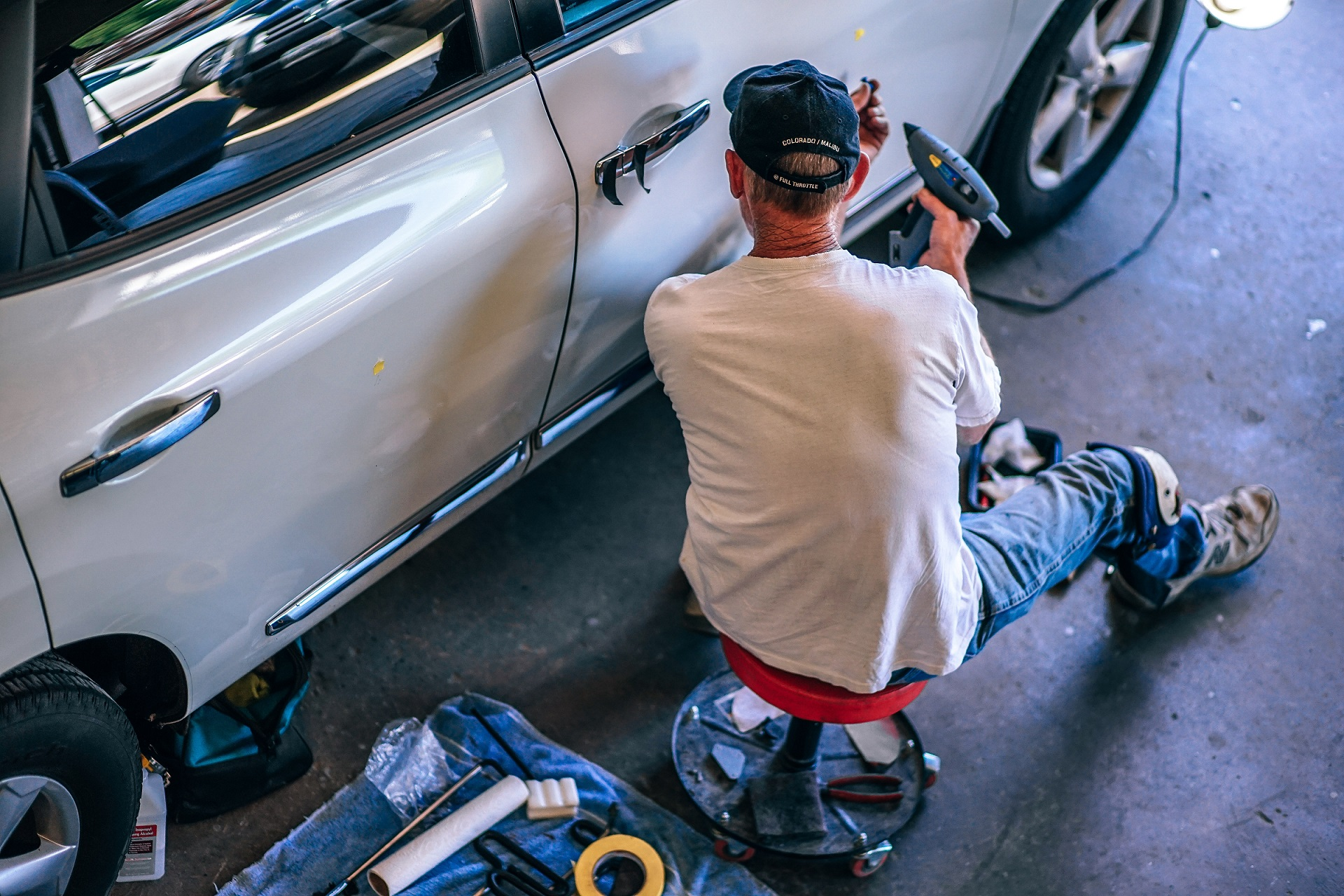 Why You Should Choose PDR Over an Auto Body Shop?