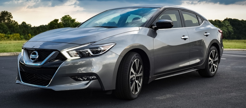 Paintless Dent Repair for Your Nissan Maxima Car